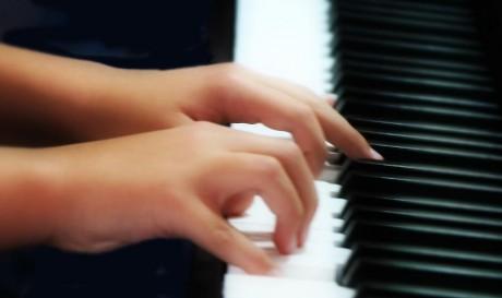 piano-hands-